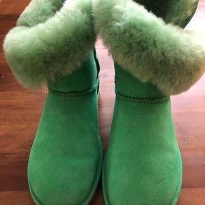 Green UGGS, as new